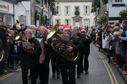 Christmas Fair 2017, Brass Band in Main Street, Saturday parade